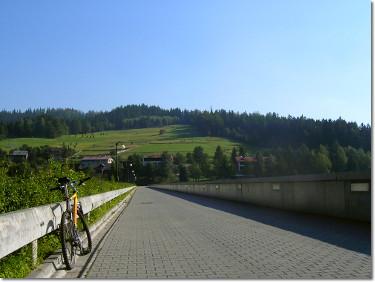 Rowerem nad Jeziorem Czerniańskim