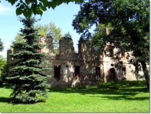 Ruiny dworu