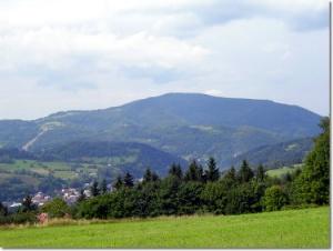 Widok ze szlaku na Trzy Kopce Wiślańskie