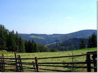 Widok ze szlaku na Stożek